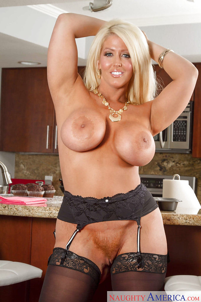 Half naked milf gives close up beaver shots dessert