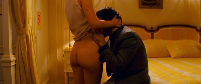 Natalie portman hotel chevalier nude scene