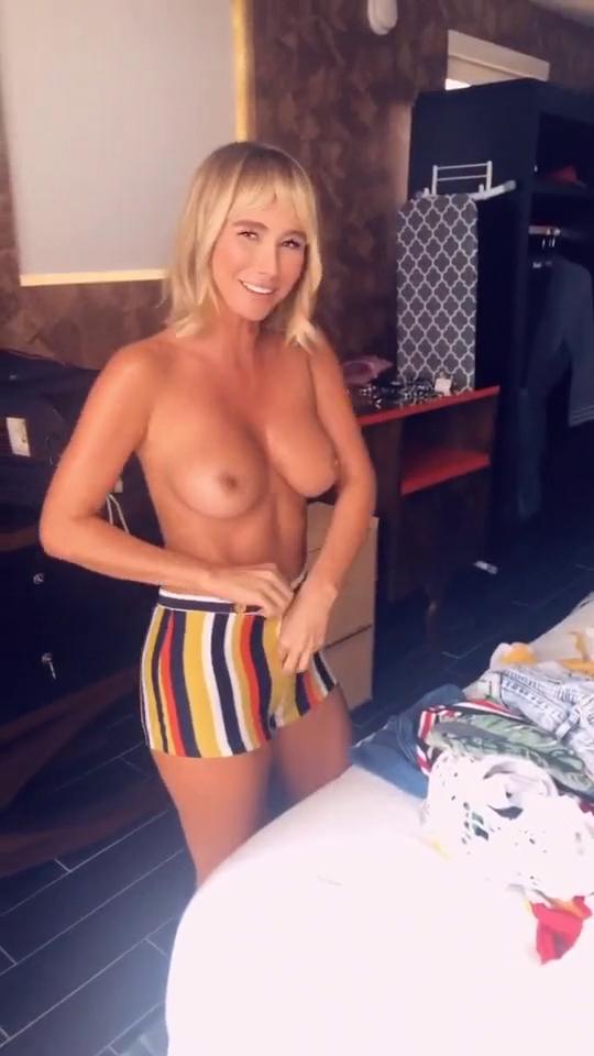 Sara jean underwood pussy