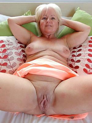 Fat nude mature women