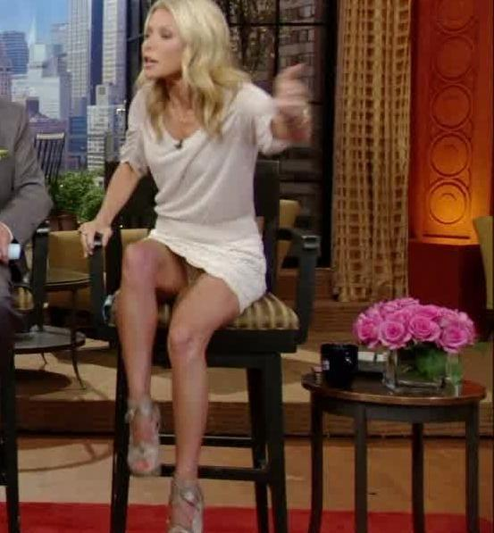 Showing porn images for kelly ripa fake gifs porn