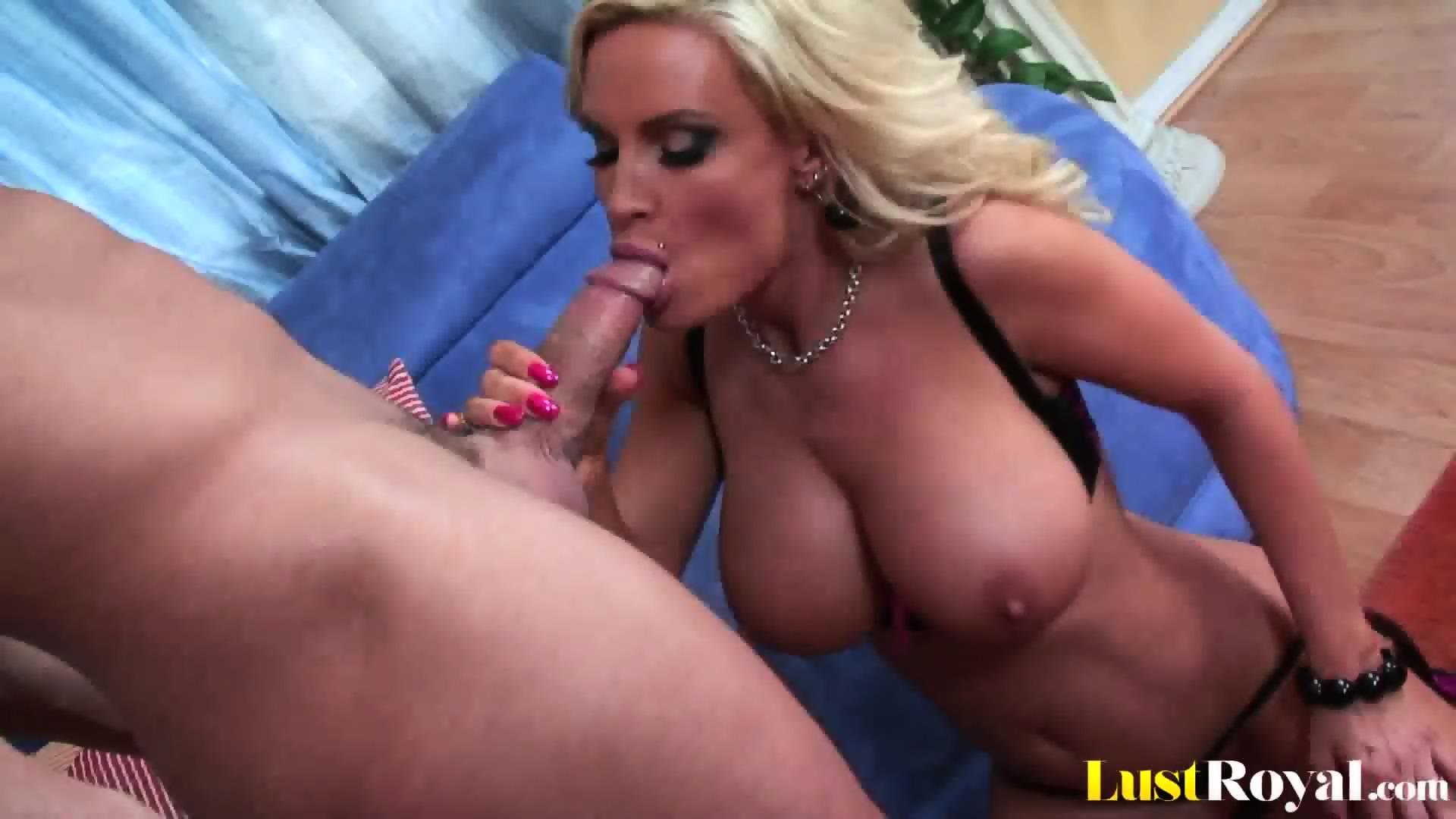 Nude mom mature porn tube milf pussy videos XXX