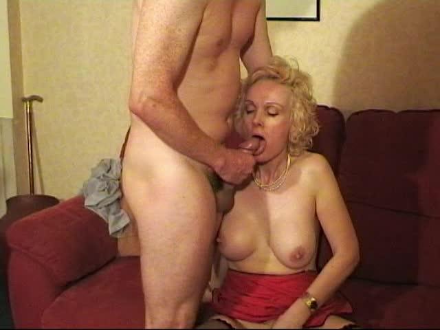 Big booty girls twerking videos