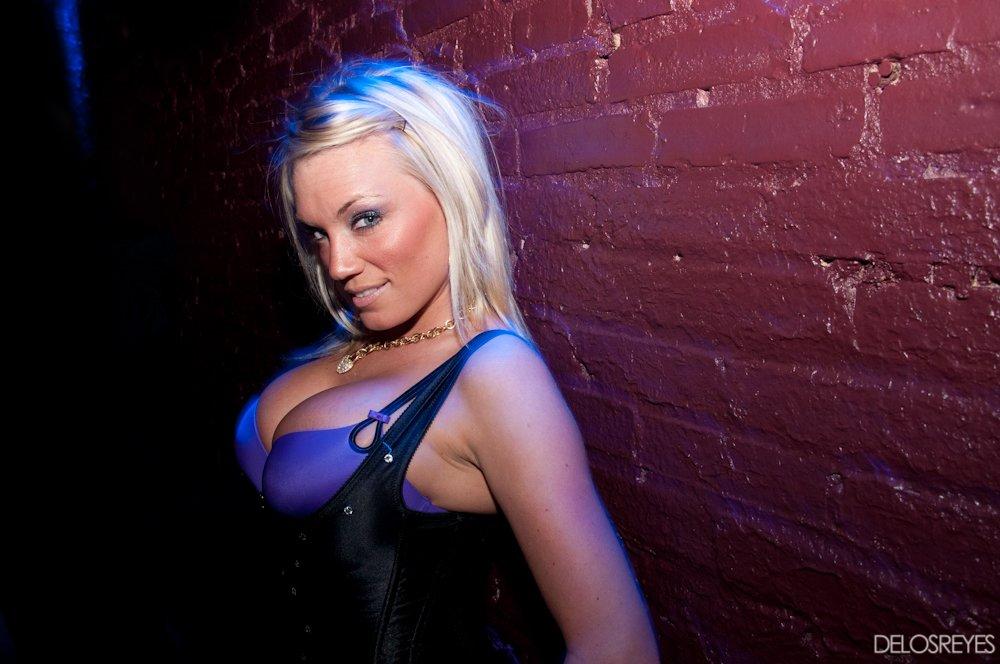 Scores strip club baltimore