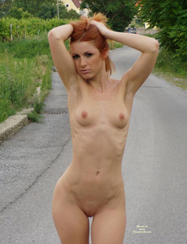 Amatuer redhead nude