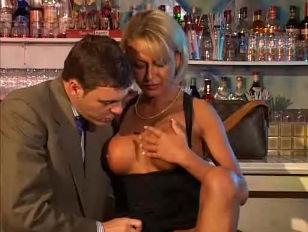 Hot blonde bitch porn