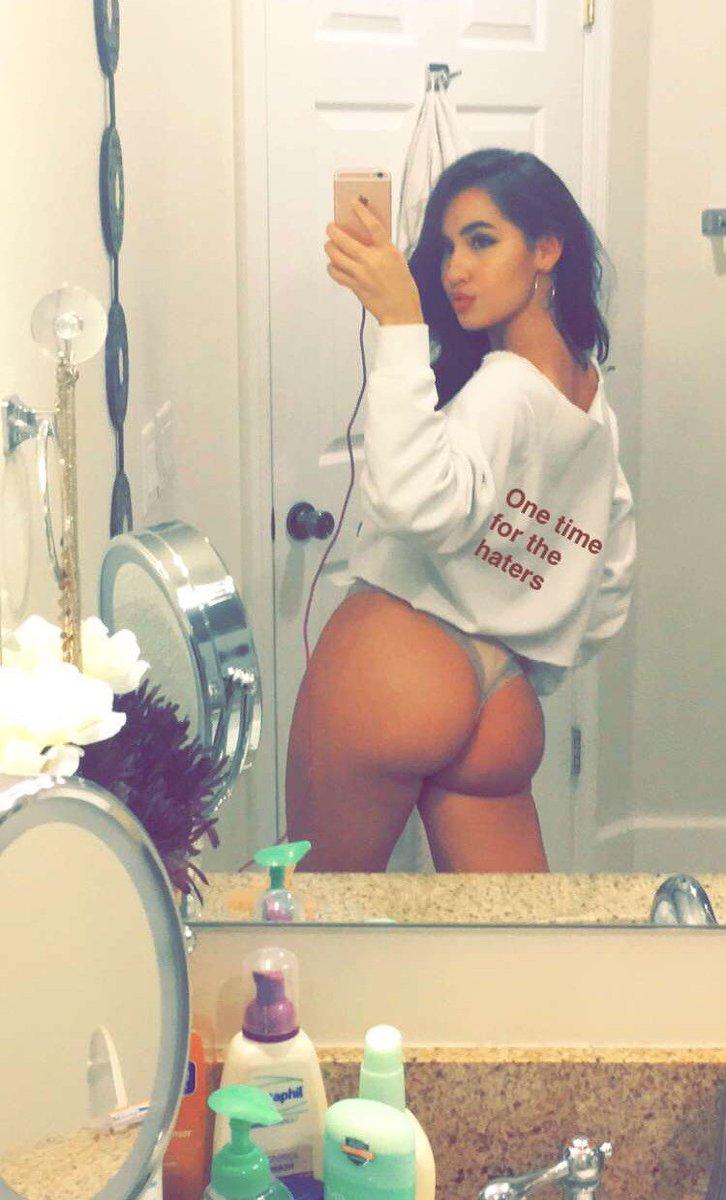Big ass nude sex porn
