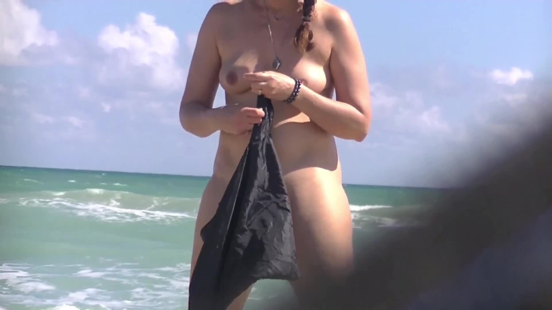 Wild hardcore roaring nudes