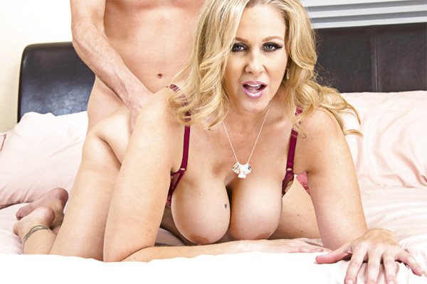 Busty miilf andi loves cock in her ass pichunter