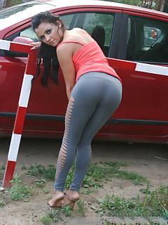 Amateur girl in spandex pics nude girlfriend
