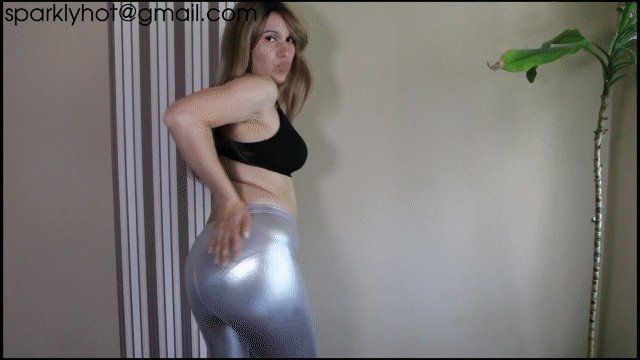 Another new leggings farting clips