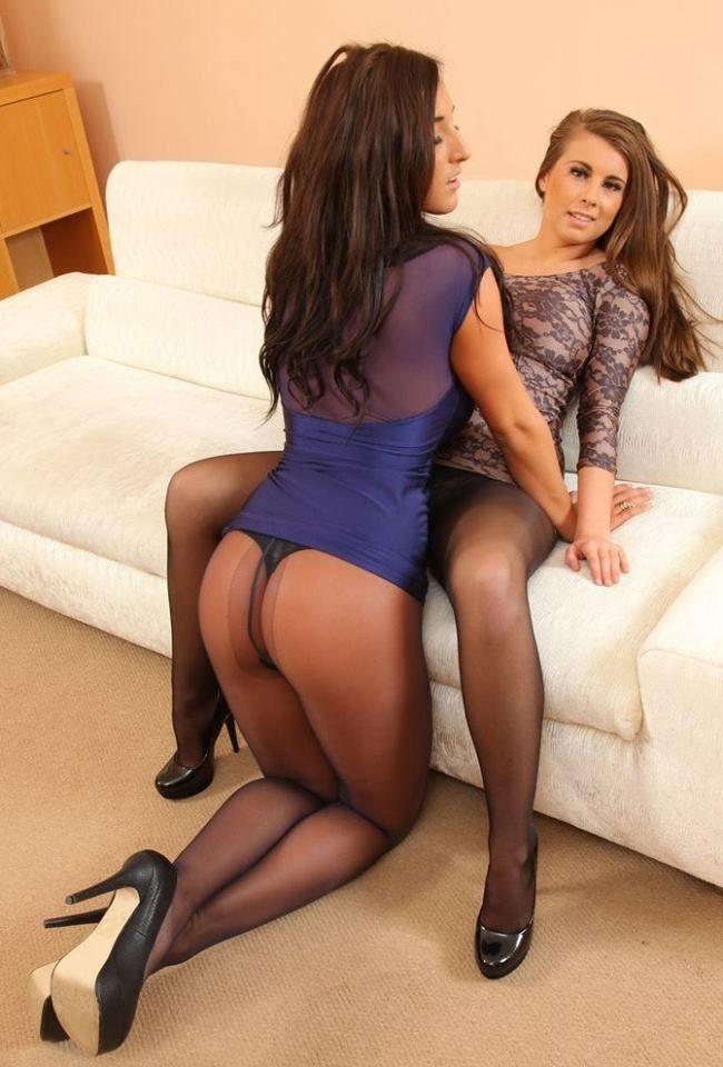 Appetizing brunette katya is anal lover vidéos porno