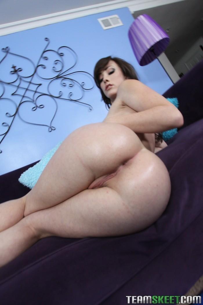 Curvy white girl porn