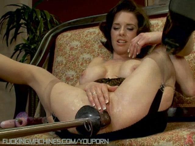 Timea bella desfruta orgia com hennessy XXX
