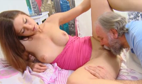 Men giving oral sex to women