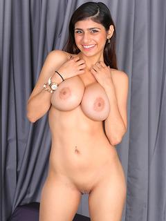 Mia khalifa top porn