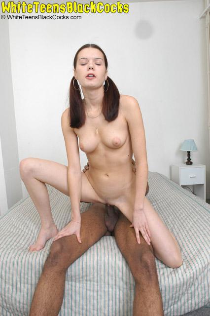 Video clips kelly woodman english model