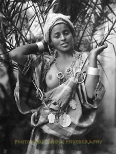 Vintage arab female nude bedouin woman pottery photo